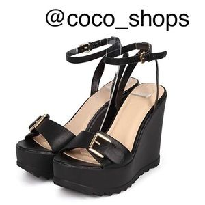 Wild Diva New Black Wedge Sandals